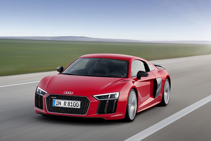 Superauto Audi R8 saa rinnalleen sähköversion